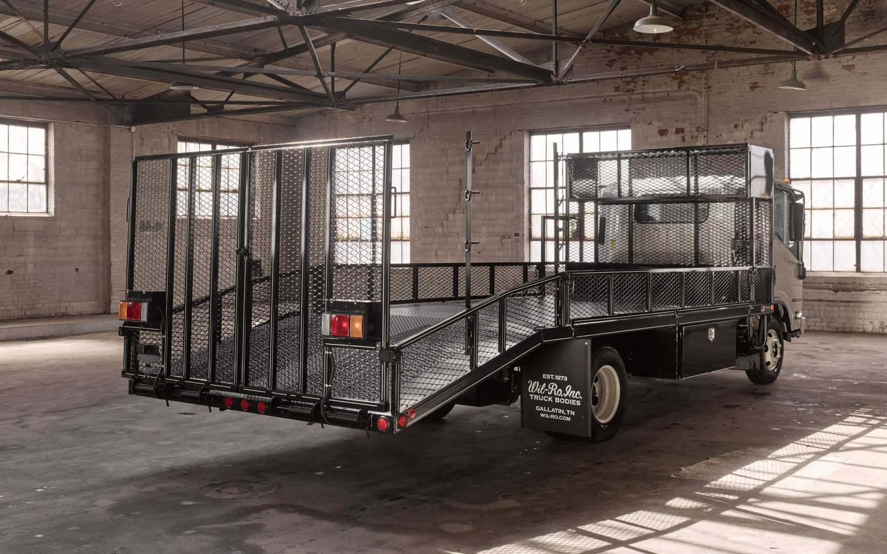 Dovetail Ramp Truck Bed by Wil-Ro